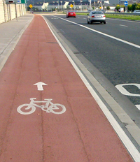 cycle + bus lane