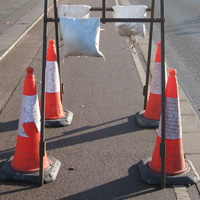 General road maintenance should not obstruct cycle facilities